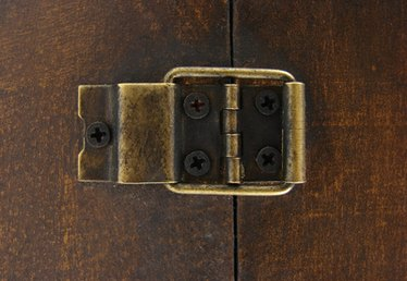 How to Restore Old Hinges