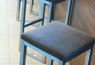 How High Should a Bar Stool Be?