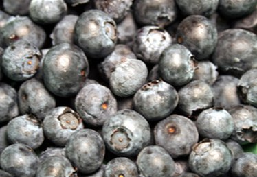 How to Cook With Dried Blueberries
