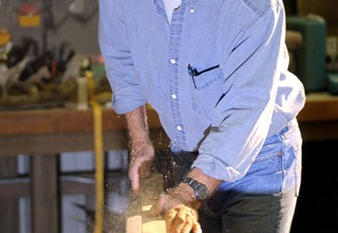 How to Cut Fine Wood Without Splintering