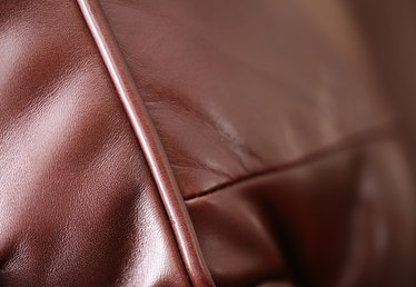 How to Clean Paint Off of Bonded Leather Furniture