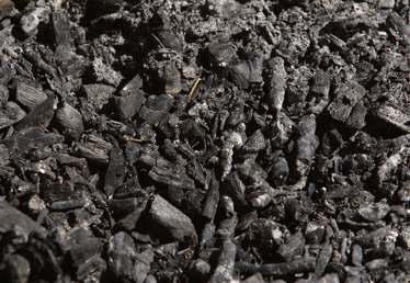 How to Recycle & Dispose of Wood Ash