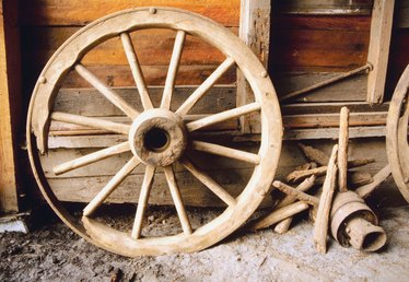 How to Build a Wooden Wagon Wheel for a Small Model