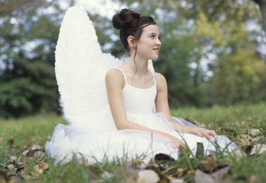 How to Make Homemade Angel Wings for Costume