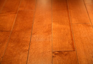 How to Remove High Gloss From a Wood Floor