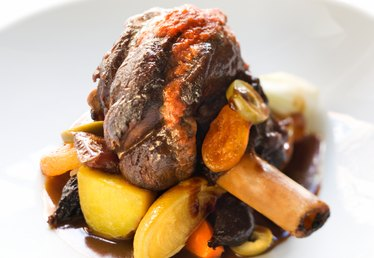 What Is a Good Starch to Serve With Braised Lamb Shanks?