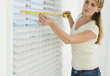 How to Bleach Blinds