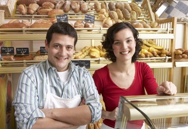 Pros and Cons of a Family Business
