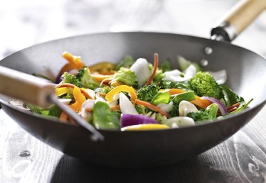 Advantages and Disadvantages of Stir-Frying