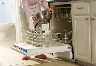 How to Get Your Dishwasher Out After It's Been Tiled In
