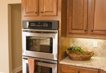 What Kind of Deglosser Can You Use for Cabinets?