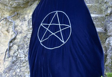 How to Make a Wire Pentacle
