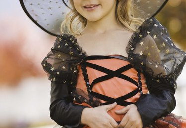 Witch Makeup Ideas for a Little Girl