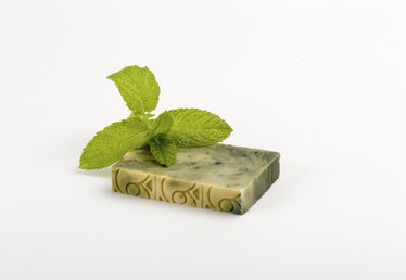How to Make Mint Soap