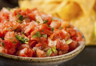 How to Make Homemade Salsa for Canning