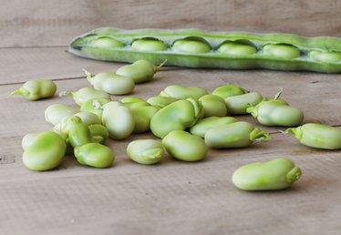 How to Shell Butter Beans