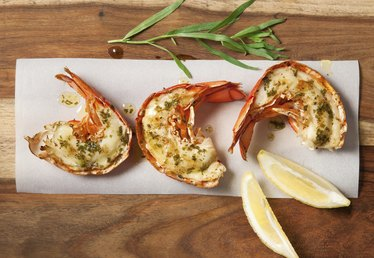 How to Prepare and Broil Lobster Tails