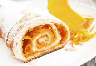 How to Freeze a Pumpkin Roll
