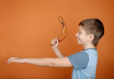 How to Make a Boomerang With Kids