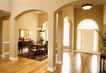 How to Decorate an Interior Archway