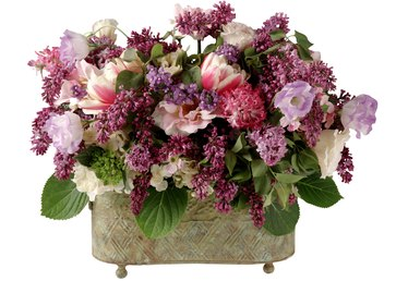 How to Make Arrangements in Rectangular Containers