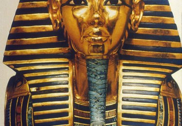 How to Make a Papier-Mâché Mask of King Tut