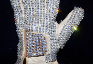 How to Make a Michael Jackson Glitter Glove