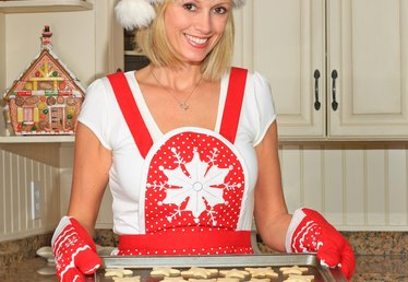 How to Make a Mrs. Claus Costume