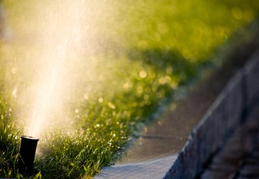 How to Flush Out a Sprinkler System for Freezing Temps