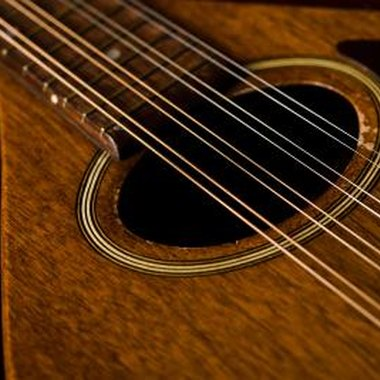 Mandolin playing mandolin chords : Mandolin Chords for Beginners   Entertainment Guide