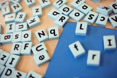 Games and activities can reinforce phonics concepts.