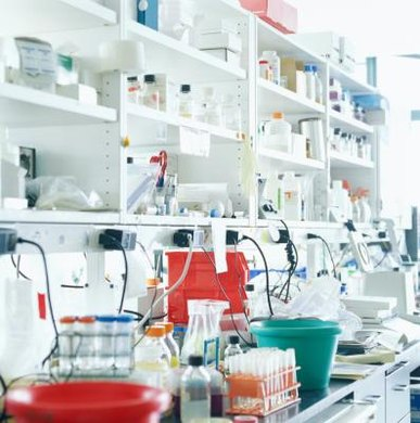 The education level of laboratory technicians varies depending on the laboratory.