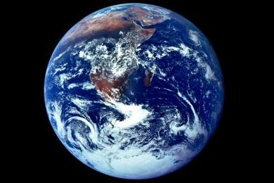 The inner core makes up only 1 percent of the Earth's mass.