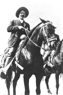The Revolucionario character lampoons the romanticizing of figures such as Pancho Villa.