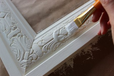Clear wax protects the chalk paint.