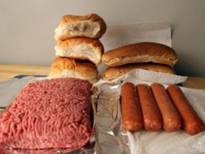 How to Grill Hamburgers and Hot Dogs