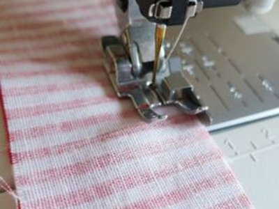 Make an accurate 1/4-inch seam.