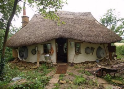 The tenant of this tiny cottage pays for rent with milk and cream.