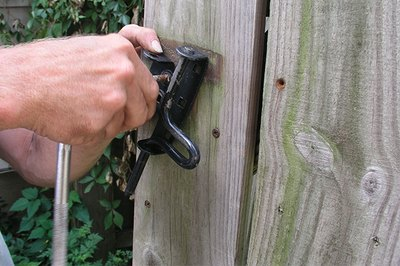 Removing the latch makes handling the gate easier.