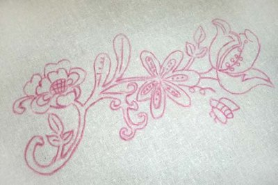 Embroidery pattern made with transfer pencil