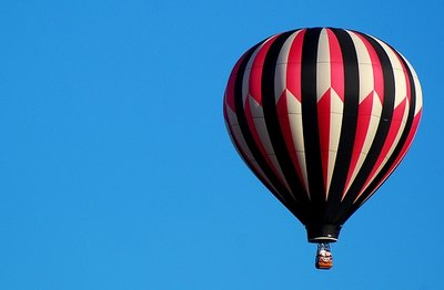 Enjoy a hot air balloon ride with your love.