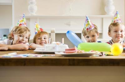 Plan a fun birthday party for your 4-year-old girl.