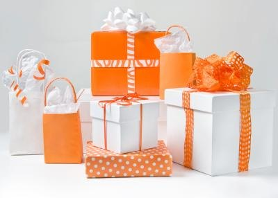 Choose unisex gifts for the grab bag gift exchange.