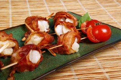 Scallops wrappted in bacon