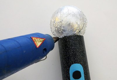 Glue ball on handle