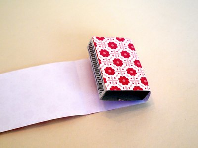 Attach paper to lid and wrap around.