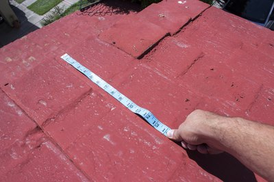 How To Install Roofing Tar Paper With Pictures Ehow