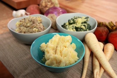 Offer guests flexibility and creativity with a mashed potatoes bar.