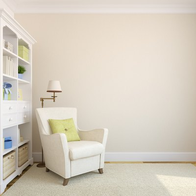 Light cream wall color