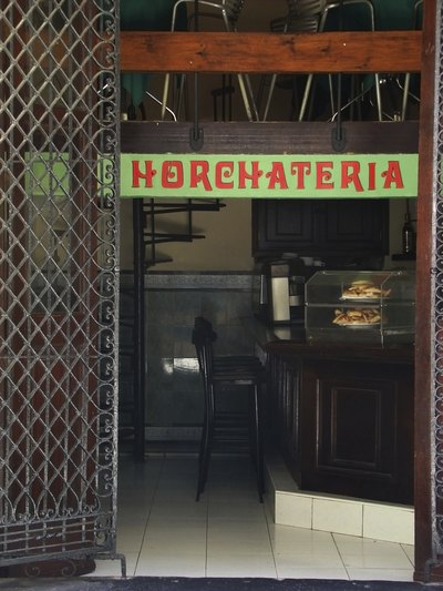 A local cafe in Honduras sells horchata.